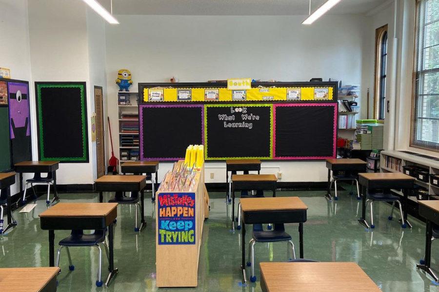 STM_WelcomeBack_ClassroomPhoto